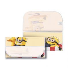Porta Bavaglino 'Minions' al mare su giallo. Usabile come Portatovaglioli per il set asilo. Si può scegliere la'variante'del porta bavaglino asilocon o senza asola. Bustina