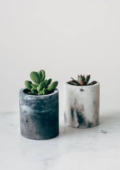 Designed and made by Little Deer in Brighton, UK, these cylinder concrete planters come in a beautiful marbled effect. Please be aware that we hand make each pot and therefore every pot will be slightly different. Each as beautiful as the one before! Choose from a pot or a pot #SquareVasesIdeas