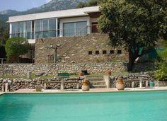 Villa T7 Avec Piscine Et Terrain En Restanques à La Valette)du Var.