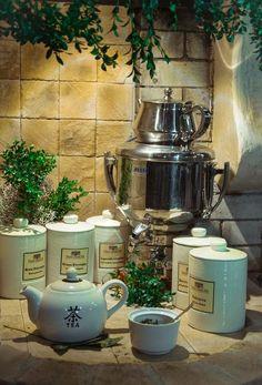 Wszystkich, którzy pragną odkryć moc aromatycznych naparów z ziół serdecznie zapraszamy do Manor House. W restauracji stworzyliśmy wyjątkowe miejsce - kącik ziołowy, w którym nasi Goście mogą samodzielnie i bez ograniczeń przygotowywać własne kompozycje i degustować napary ziołowe. #zioła #herbata #herbs