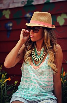 How to style a lace bralette with a backless tank by adding cutoff high waisted denim shorts, fedora, and layered necklaces. Summer Wear, Spring Summer Fashion, Summer Outfits, Cute Outfits, Look Fashion, Fashion Beauty, Fashion Outfits, Womens Fashion, Street Fashion