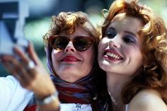 Thelma & Louise - Susan Sarandon & Geena Davis - I've always loved this particular image of Geena Davis and Susan Sarandon. Geena always had/has a beautiful smile. Geena Davis, Thelma Louise, Thelma And Louise Movie, Susan Sarandon, Beau Film, Best Movies On Amazon, Great Movies, Mean Girls, Brad Pitt