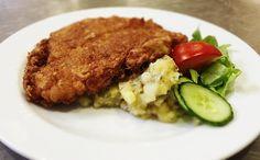 Denné menu Vranov   Obrátený bravčový rezeň, slovenský zemiakový šalát - reštaurácia Hotel Patriot*** #food #restaurant #lunch #hotel