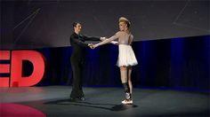 Pé biônico devolve movimentos para bailarina que perdeu o membro no atentado na Maratona de Boston - O Verso do Inverso