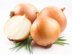Our automatic onion peeling machine is of an automatic feeding device and capable of picking up and peeling onions automatically. The pneumatic principle with high peeling rate of 95 %. Baked Onions, Vidalia Onions, Onion Benefits Health, Chinese Vegetables, Allium, Vegetable Garden, Allergies, Garlic, Herbs