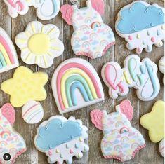 Rainbow Sugar Cookies, Flower Sugar Cookies, Sugar Cookie Royal Icing, Sprinkle Cookies, Rainbow Cupcakes, Summer Cookies, Fancy Cookies, Baby Girl Sprinkle, Rainbow Birthday