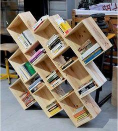 Ideas for wine crate bookshelf bookshelves - Wooden Crates Bookshelf Crate Bookcase, Crate Shelves, Crate Storage, Yarn Storage, Record Storage, Diy Storage, Crate Furniture, Recycled Furniture, Diy Garden Decor