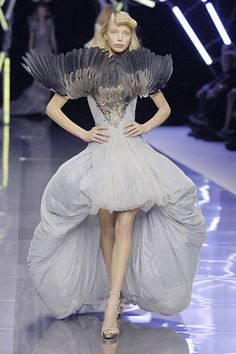 Alexander McQueen Spring/Summer 2008 - Full length photos (Vogue.com UK)