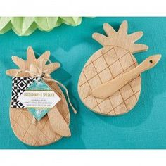 Serve yummy appetizers with a Pineapple Cheese Board & Spreader. This pineapple-shaped cheese board is made of bamboo and includes a matching bamboo cheese spreader. Wedding Favors Unlimited, My Wedding Favors, Inexpensive Wedding Favors, Bridal Shower Favors, Bridal Showers, Fall Wedding, Wedding Decorations, Wedding Ideas, Personalized Favors