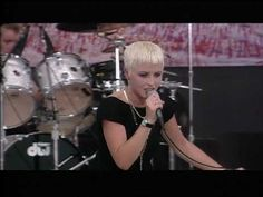 Woodstock 1994 Highlights - Dreams - The Cranberries - 8/12/1994 - Woodstock 94 - YouTube Woodstock 1994, Cranberries, Music Songs, Highlights, Magic, Dreams, Concert, People, Youtube