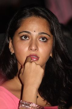 Anushka Shetty in Irandam Ulagam Audio Launch