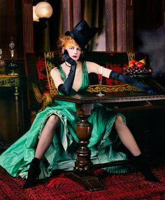 Nicole Kidman photo by Annie Leibovitz Disney Tales 2 - Alafoto Gallery Film Moulin Rouge, Annie Leibovitz Photos, Annie Leibovitz Photography, Anne Leibovitz, Belle Epoque, Famous Photographers, Portrait Photographers, Celebrity Photographers, Vanity Fair