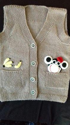 Erkek bebek yelek modeli süslemeli Crochet For Boys, Knitting For Kids, Knitting Designs, Knitting Patterns, Little Boys, Baby Vest, Diy Crafts, Jumper, Sweaters