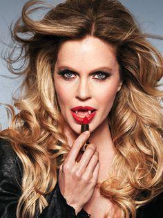 Pam from trueblood my favorite character VAMPIRE QUEEN MISS PAMELA SWYNFORD DE BEAUFORT!!!!!!!!!!!!