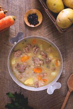 L'Irish #stew è uno dei più famosi piatti tipici dell' #Irlanda, uno #stufato a…