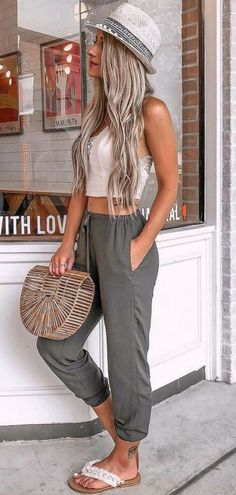 Fashion: 48 Pretty Summer Outfits you Must to Try in holida. holiday outfits 48 Pretty Summer Outfits you Must to Try in holiday fashion # fashion Cool Summer Outfits, Summer Fashion Outfits, Simple Outfits, Spring Summer Fashion, Summer Dresses, Holiday Dresses, Casual Summer Outfits Women, Summer Outfits For Vacation, Style Summer