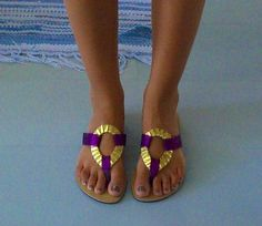 Purple with gold ring sandals, these are precious Purple Boots, Summer Shoes, Summer Feet, Funky Shoes, Cute Toes, Flip Flop Sandals, Flip Flops, Gold Shoes, Shoe Closet