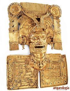 """En las excavaciones de la Tumba 7 de Monte Albán, Oaxaca –dirigidas por el arqueólogo Alfonso Caso–, se localizó este pectoral de Miquiztli, """"dios de la muerte"""","""