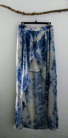 Tie-dye blue and white boho skirt/size 8 Boho Skirts, Tie Dye Skirt, My Etsy Shop, Trending Outfits, Check, Clothes, Shopping, Vintage, Fashion