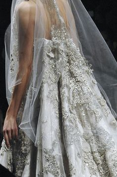 Elie Saab(that's cute I like the back of this)☺ Elie Saab Couture, Bridal Fabric, Wedding Fabric, Elie Saab Designer, Bridal Dresses, Wedding Gowns, Wedding Bells, Lace Wedding, Wedding Styles
