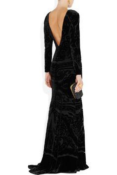 View this item and discover similar for sale at - Etro's deliciously dark devoré velvet gown. Velvet Gown, Black Velvet Dress, Low Back Dresses, Nice Dresses, Showgirl Costume, New Years Dress, Formal Looks, Ao Dai, Wedding Attire