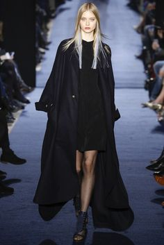 Alexis Mabille, Look #32