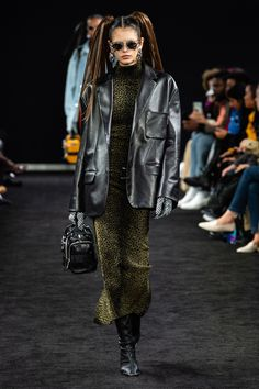 Alexander Wang Fall 2019 Ready-to-Wear Collection - Vogue Vogue Fashion d639d4c9d