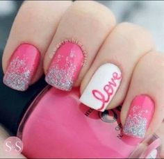 I'm not a pink person, but I would love this in blue or purple!