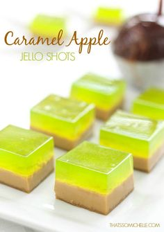 CARAMEL APPLE JELLO SHOT SQUARES