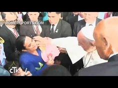 """Papa en hospital infantil en Paraguay: La vida de los niños es muy importante  VISITA AL HOSPITAL GENERAL PEDIÁTRICO """"NIÑOS DE ACOSTA ÑU""""  http://w2.vatican.va/content/francesco/es/speeches/2015/july/documents/papa-francesco_20150711_paraguay-ospedale-pediatrico.html"""