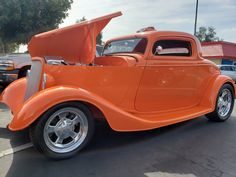 Cars And Coffee, Street Rods, Cool Cars, Super Cars, Turning, Antique Cars, Display, Check, Vintage Cars