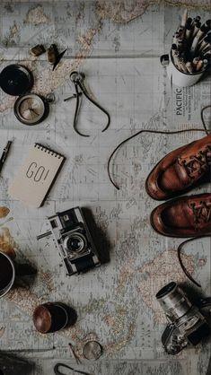 More Wallpaper, Trendy Wallpaper, Tumblr Wallpaper, Wallpaper For Your Phone, Cute Wallpapers, Iphone Wallpaper, Wallpaper Backgrounds, Moonlight Photography, Iphone Background Vintage