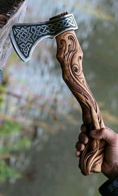 Hand Forged Hand Carved Viking Axe – Carved Handle Mermaid Axe – High Carbon - Hand Forged Hand Carved Viking Axe – Carved Handle Mermaid Axe – High Carbon The Effective Pict - Vikings, Hand Axe, Axe Handle, Armas Ninja, Beil, Viking Axe, Battle Axe, Custom Knives, Knives And Swords