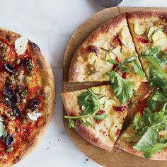 HD-201304-r-squash-and-arugula-pizza.jpg