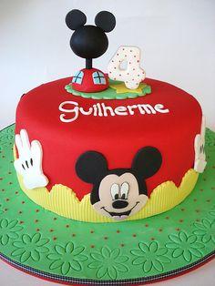 Mickey Mouse Cake Ideas | Mickey Mouse Cakes | bigFATcook