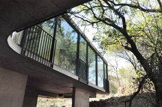 House Gauché - PIA Award 2013 - The building in Silver Lakes - of steel, glass and concrete - is carefully placed in respect of the site, bridging two indigenous outcrops Silver Lake, Residential Architecture, Lakes, Respect, Concrete, Windows, Steel, Mansions, House Styles