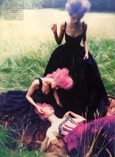Vogue Italia September 1997, At This Time Michele Hicks, Esther Cañadas & Unk by Ellen Von Unwerth