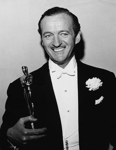 Actor David Niven holding his Best Actor Oscar for the film 'Separate Tables', at the Academy Awards, Los Angeles, April Get premium, high resolution news photos at Getty Images Hollywood Men, Old Hollywood Glamour, Hollywood Stars, Classic Hollywood, Jeff Bridges, Tony Curtis, Marlon Brando, Eddie Redmayne, Paul Newman