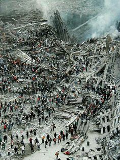 This is an image of the aftermath of the twin towers in the World Trade Center. World Trade Center, Trade Centre, 911 Never Forget, Lest We Forget, 11 September 2001, Photo New York, New York City, Wtc 9 11, Interesting History
