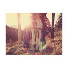 cardigan t-shirt sweater knit sweater indian shorts boho bohemian indie bohemian style bohemian sweater shirt hipster jewels aztec white top feathers cardigan aztec Saris, Looks Style, Style Me, Boho Style, Scene Style, Boho Chic, Boho Ootd, Wild Style, Cute Summer Outfits