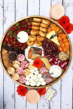 59 Ideas Sunday Brunch Food Ham And Cheese For 2019 Antipasto, Party Food Platters, Food Trays, Brunch Outfit, Christmas Brunch, Christmas Breakfast, Tapas, Charcuterie And Cheese Board, Charcuterie Ideas