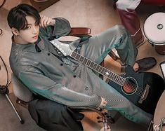 Foto Jungkook, Foto Bts, Kookie Bts, Jungkook Oppa, Namjoon, Taehyung, Jung So Min, Jikook, Die Beatles