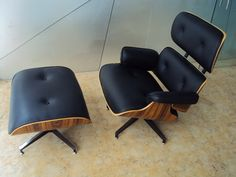 Charles Eames Lounge Chair Classic