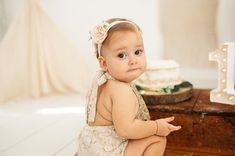Sesiones smash cake dulces 💕 + info y reservas para junio y julio : • nagirafotografia@gmail.com • 606979194 . . #smashcake #cakedecorating… Cake Smash, Cake Decorating, Flower Girl Dresses, Colour, Cakes, Inspired, Instagram Posts, Wedding, Inspiration