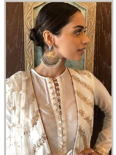 """""""Zaib"""" a collection inspired by the understated and refined craftsmanship of the Sub Continent. From the intricate Mughal inspired… Neck Designs For Suits, Dress Neck Designs, Blouse Designs, Neckline Designs, Pakistani Outfits, Indian Outfits, Ethnic Outfits, Indian Attire, Indian Wear"""