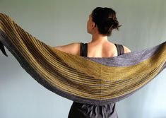 Ravelry: lucidfuse's The Bumblebee/another color affection veera shawl in Madelinetosh
