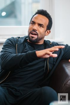 No More Walking Away: Craig David Plans for a 2016 Comeback Craig David, The Time Is Now, Famous Singers, Curly Hair Men, Boy Hairstyles, Music Industry, Music Love, Beautiful Soul, Angelina Jolie