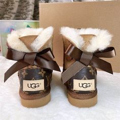 UGGS Slides & Boots Wholesale Vendor List Slipper Suppliers | Etsy Lv Boots, Ugg Boots With Bows, Ugg Style Boots, Ugg Boots Sale, Uggs, Ugg Slippers, Womens Slippers, Botas Ugg Australia, Gucci Handbags Outlet