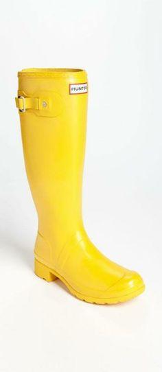 Packable rain boots