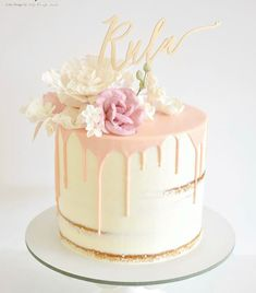 70th Birthday Cake, Girl Birthday, Birthday Ideas, Painted Cakes, Drip Cakes, Cute Cakes, Party Cakes, Let Them Eat Cake, Baby Food Recipes
